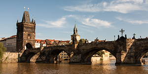 praga ponte carlo fiume
